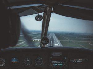 pilot-4598188_1920